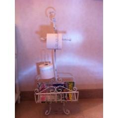 Toalettsrullshållare/ Tidningsställ